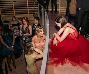 Taylor Swift and emilia clarke image
