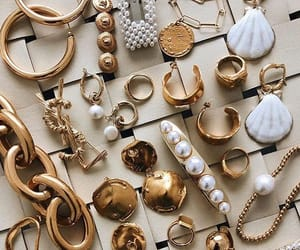 jewelry, necklace, and pearl accessories image