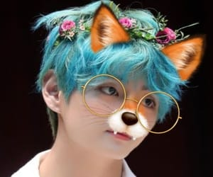 bts, kimtaehyung, and boywithluv image