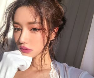 aesthetic, ulzzang, and unfiltered image