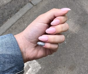 nails, short, and Nude image