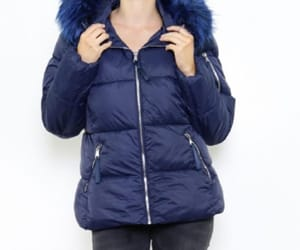 womens wide hooded image