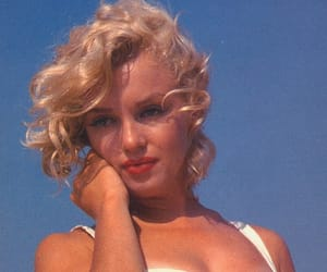 1950s, Marilyn Monroe, and love image