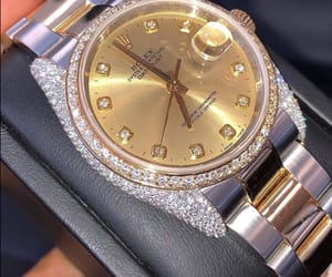 gold and luxury image