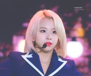 blonde hair, son chaeyoung, and fancy era image