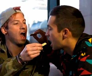 gif, twenty one pilots, and josh dun image