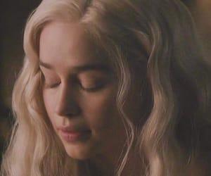 daenerys targaryen and khaleesi image