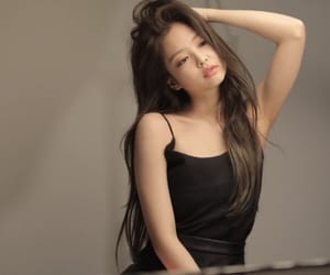 k-pop, jennie, and blackpink image