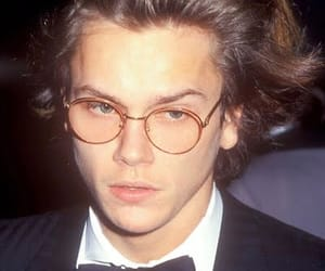 river phoenix, 90s, and boy image