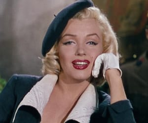 Marilyn Monroe, old hollywood, and actress image