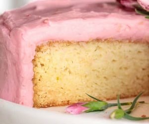 buttercream, food, and sugar image