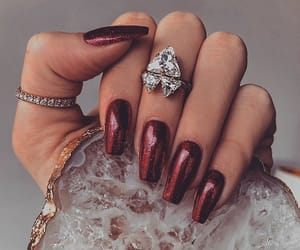 girl, rojo, and nails image