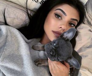 site models, kelsey calemine, and selfie goals image