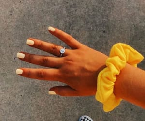 aesthetic, nails, and scrunchie image