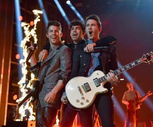 jonas brothers, bbmas, and live image