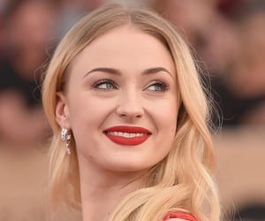 sophie turner, beauty, and blonde image