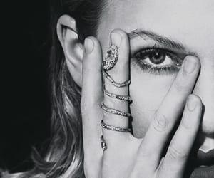Taylor Swift, Reputation, and lockscreen image
