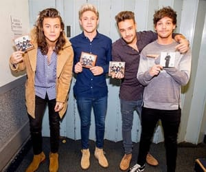 band, liam payne, and Harry Styles image