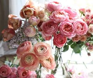 beautiful, bouquet, and feminine image
