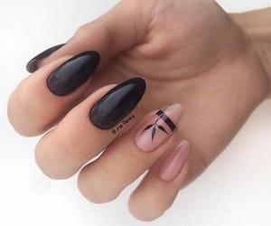 black&pink nail art image