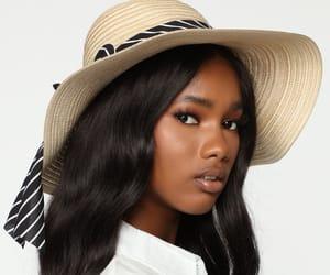 hat and fashion nova image