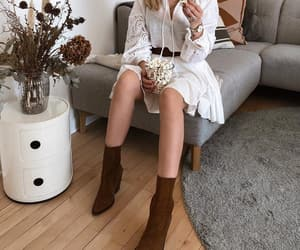accesories, boho, and boots image