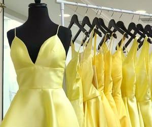 dresses, formal wear, and short prom dresses image