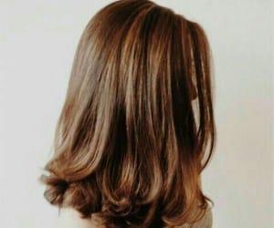 brown hair, lipstick, and haircuts image