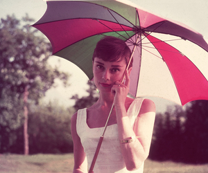 audrey hepburn, umbrella, and vintage image