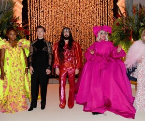 Anna Wintour, met gala, and Harry Styles image