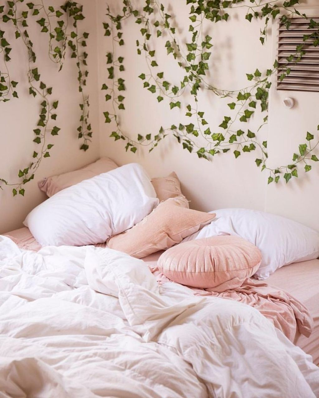 Bedroom Pink Aesthetic Bedsheets Uploaded By Down The Rabbit Hole
