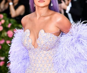 kylie jenner and met gala image