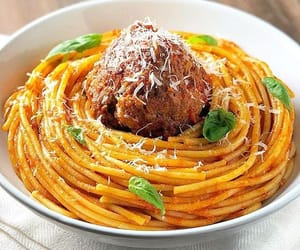 delicious, italy, and pasta image