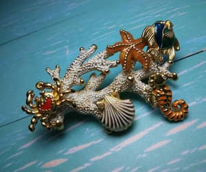 etsy, vintage jewelry, and seahorse earrings image