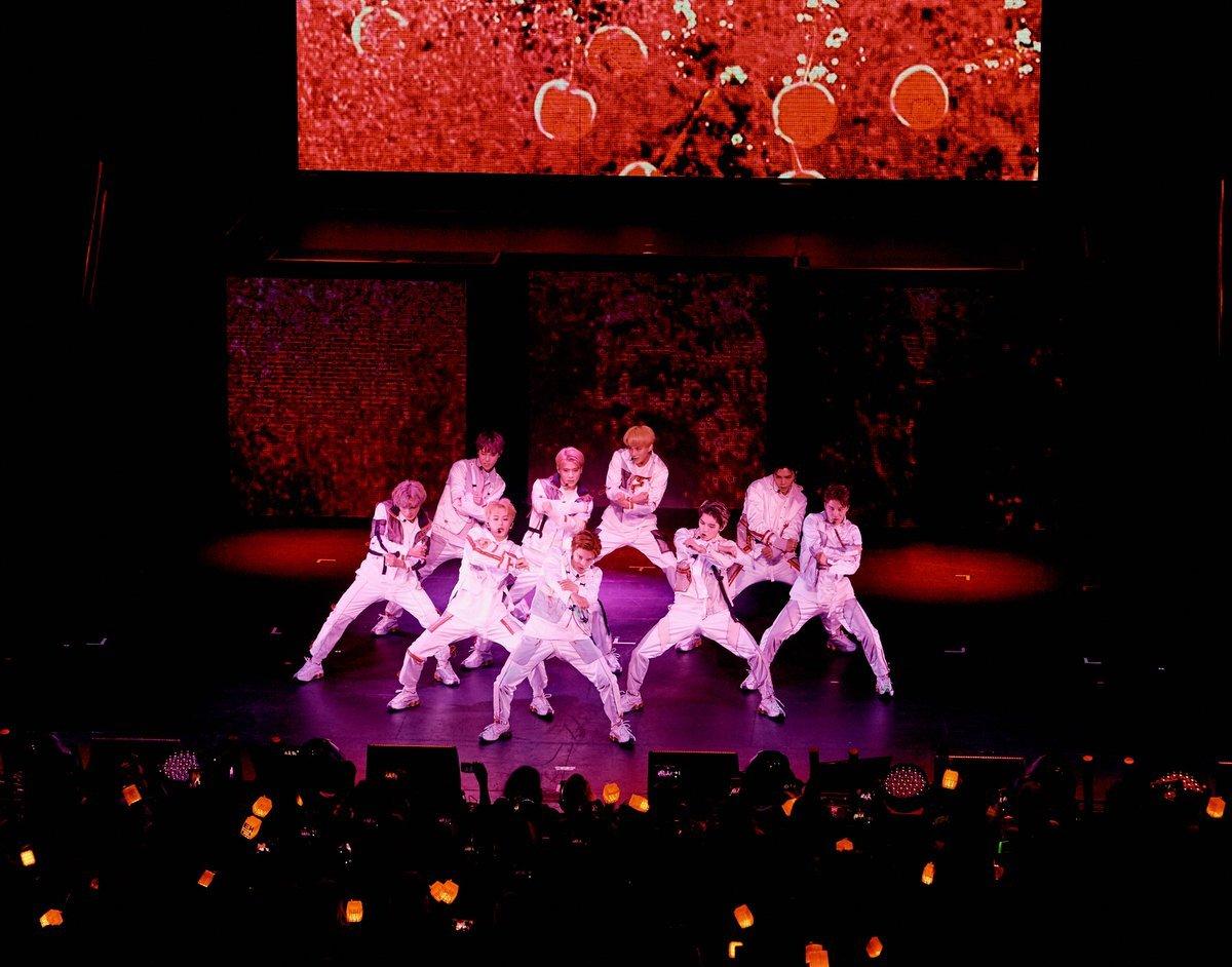 idol, yuta, and haechan image