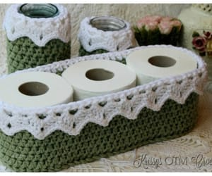 basket and crochet image