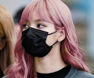 kpop, pink, and lisa image