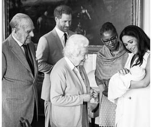 Archie, royal family, and meghan markle image