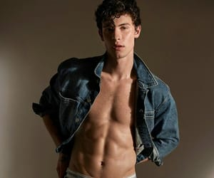 boys, Hot, and shawnmendes image
