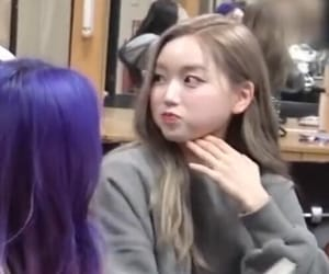 lq, loona, and gowon image