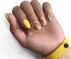 yellow nail art image