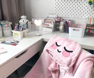 bedroom, classic, and pencil case image