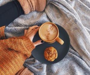 bebida, breakfast, and muffin image