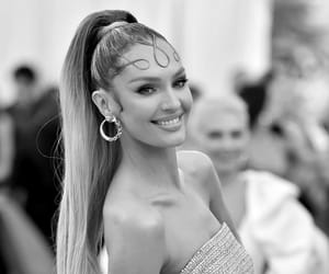 candice swanepoel and fashion image