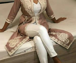 beige, Blanc, and fashion image