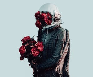 цветы and космонавт image