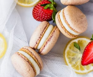 comida, macarons, and delicioso image