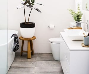 bathroom, home, and badkamer image