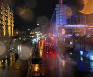 night, rain, and traffic image