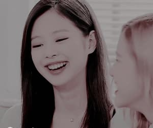 aesthetic, gif, and jennie image